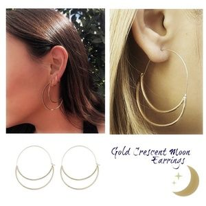 Gold Crescent Moon Earrings NEW
